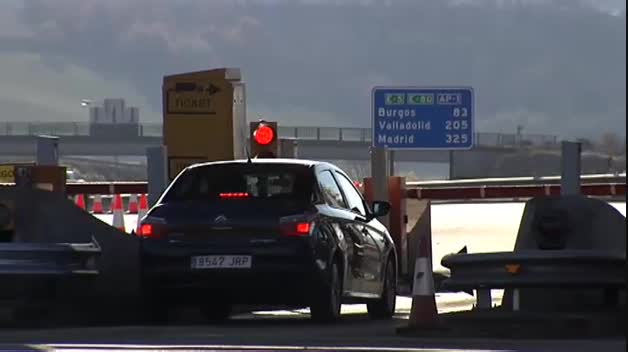 La AP-1 se convierte en la primera autopista de España en la que se deja de pagar peaje