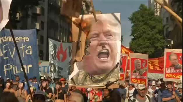 Multitudinaria manifestación anticapitalista en Buenos Aires coincidiendo con el G-20