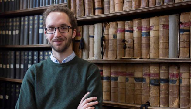 Javier Fernández Marqués en la biblioteca  Goodman Library de la Oxford Union.
