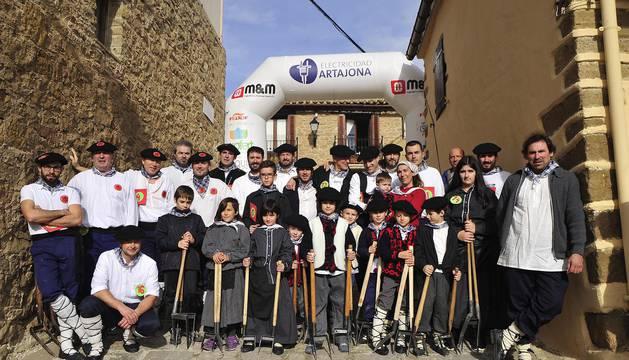 Artajona acogió este domingo la XXVI Carrera de Layas de Artajona