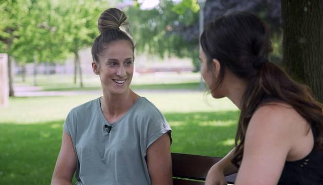 Fotos del episodio del programa de Teledeporte en el que Eli Pinedo viaja a la capital navarra y a Irún para entrevistarse con Nerea Pena y Julen Aginagalde.