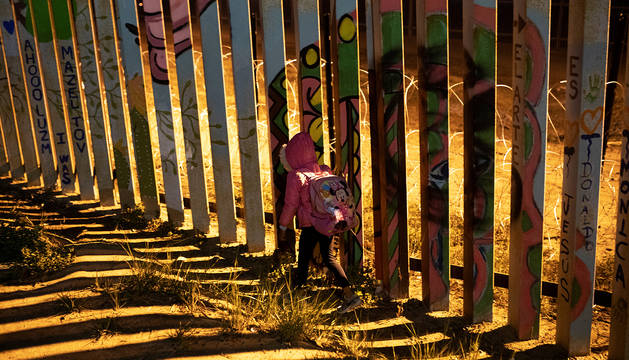 El nuevo Gobierno mexicano intenta tomar el control de la caravana