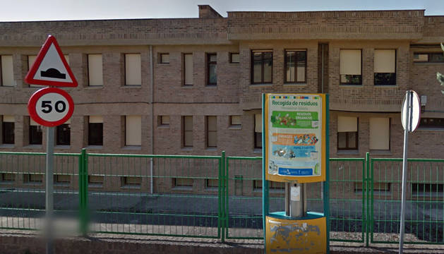 Colegio Ricardo Campano de Viana, para cuya instalación eléctrica se han pedido más fondos.