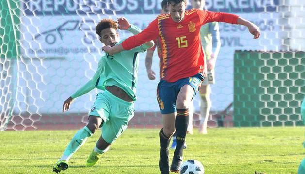Jorge Herrando participa en los dos amistosos de España sub-18 contra Portugal