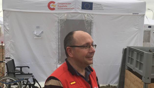Un anestesista navarro, Alberto Lafuente,  en el equipo de Ayuda y Respuestas a Emergencias  Internacionales