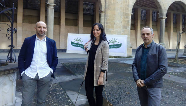 Martin Ibarra, Isabel Berruezo y Roberto Pérez Elorza en la presentación del I Concurso de diseño de energía sostenible.