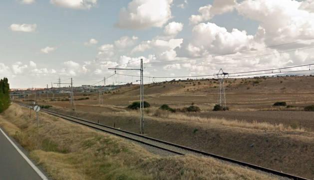 Vías de tren a su paso por Ontoria (Cantabria).