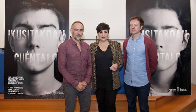 Roberto Pérez, María Solana y Aitor Lacasta en la presentación de la campaña 'Ikusitakoan-Cuéntalo'