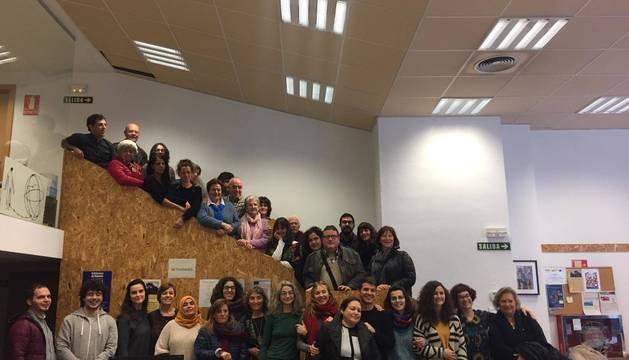 Representantes de las entidades, reunidos en la sede de CEAR (Comisión Española de Ayuda al Refugiado).