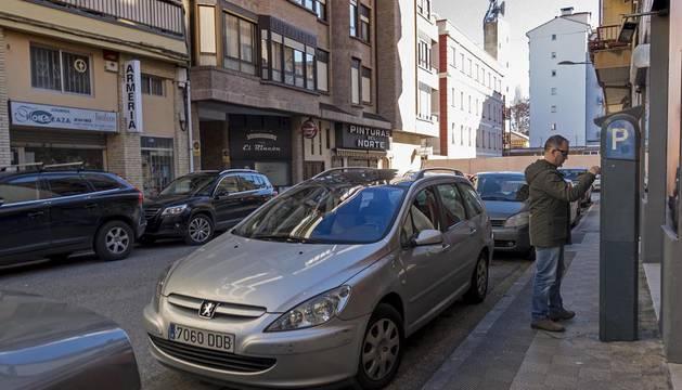 Parquímetro de la calle García el Restaurador, una de las reguladas por la zona azul.