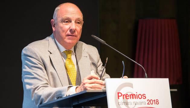 Unicarriers Manufacturing Spain ha sido galardonada con el Premio a la Internacionalización; iAR con el Premio a la Innovación, y José Antonio Pérez-Nievas con el Premio a la Trayectoria Empresarial y Profesional, en un acto al que han asistido cerca de 200 personas, entre las que se encontraban el vicepresidente del Gobierno Manu Ayerdi y el delegado del Gobierno en Navarra, José Luis Arasti.