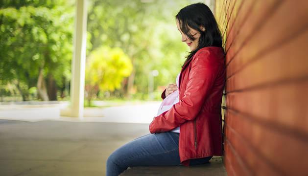 Imagen de recurso de una mujer embarazada.
