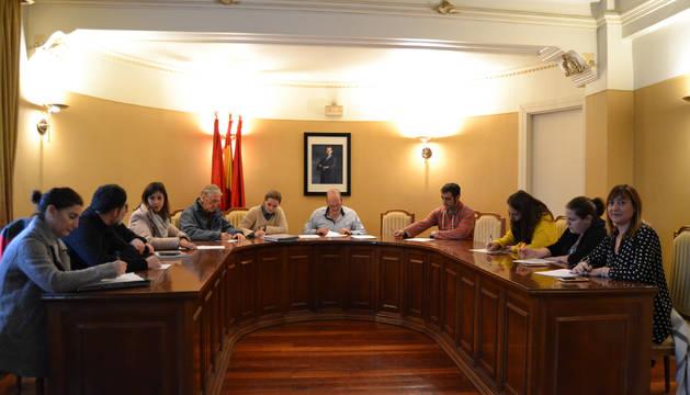 La corporación adrianesa aprobó por unanimidad los últimos presupuestos de la legislatura.