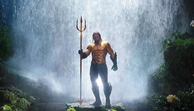 Jason Momoa durante una escena de la película 'Aquaman'.