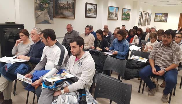FOTO DE Asambleístas en el momento de la sesión.