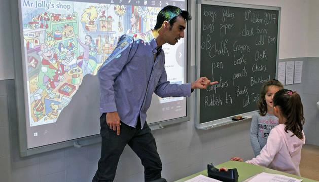 Clase en el colegio Lorenzo Goicoa de Villava.