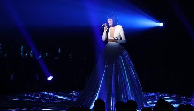 Natalia Lacunza, en su primera actuación de la gala final de 'OT 2018'.