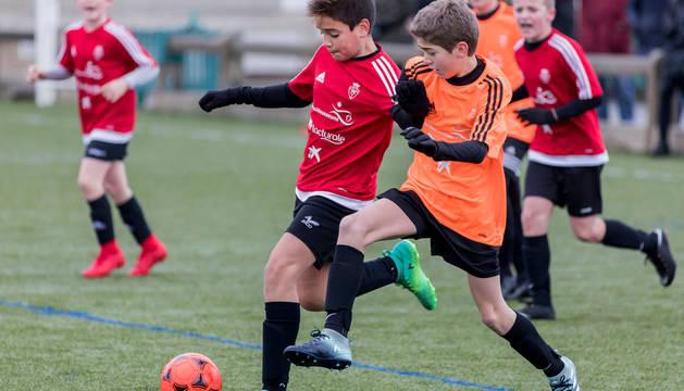 Un lance de la edición anterior del partido que disputaron Santa Luisa de Marillac y Eulza.