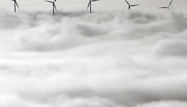La niebla baja y densa vuelve a afectar a buena parte de Navarra