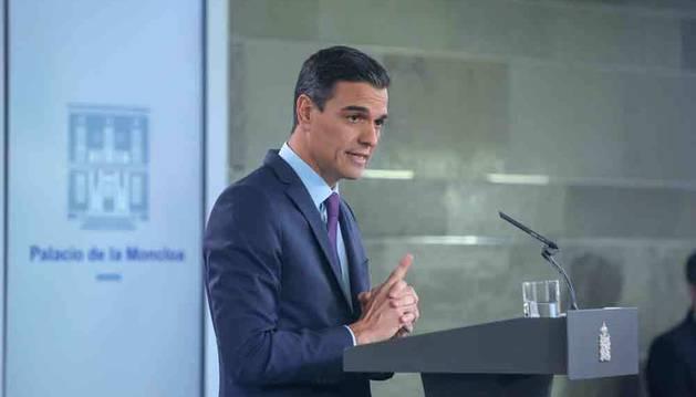 Sánchez no pone fecha a la exhumación de Franco: