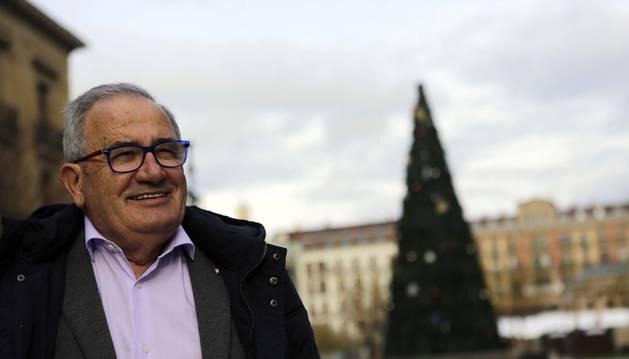Luis Sabalza, en el centro de Pamplona.