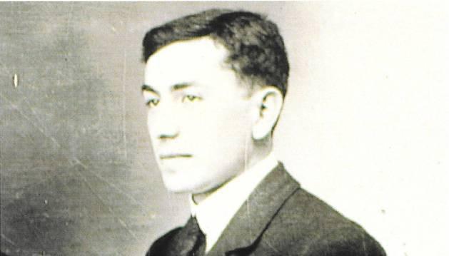 Retrato fotográfico de Miguel Pérez Torres.