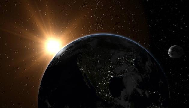La Tierra y el Sol.