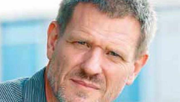 El biólogo y genetista David Bueno i Torrens , de 53 años, es profesor en la Universidad de Barcelona y autor de libros como 'Cerebroflexia' o 'Neurociencia para educadores'.