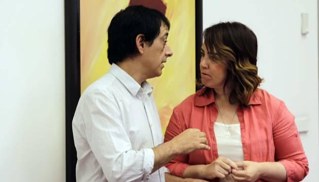Carlos Couso y Ainhoa Aznárez, en el Parlamento, en una imagen de archivo.