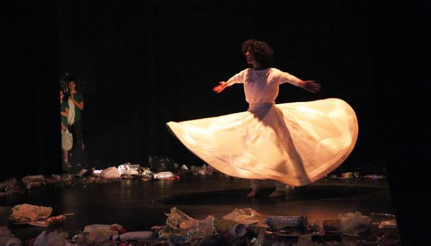 Un momento del espectáculo de la compañía Zuk Performing Arts que se representó en el Auditorio.