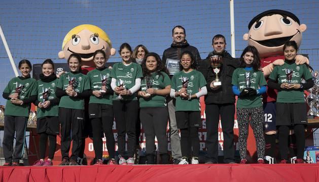 Los protagonistas de los diferentes premios otorgados en la ceremonia de clausura del torneo celebrada el lunes, 7 de enero.