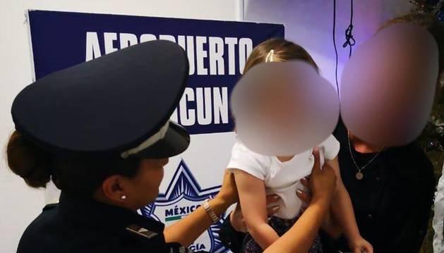 Rescatan en el aeropuerto de Cancún a una niña española secuestrada