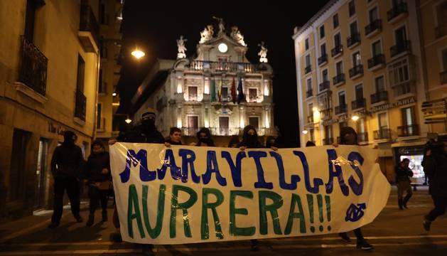 La Asamblea del Gaztetxe Maravillas, en la manifestación en Pamplona.