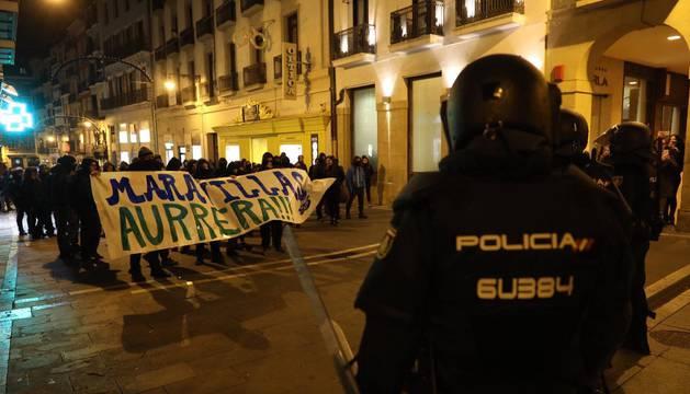 La Asamblea del Gaztetxe Maravillas se moviliza en el centro de Pamplona