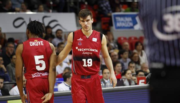 El navarro Ander Urdiain, dorsal 19, se estrenó en ACB con el Tecnyconta Zaragoza.