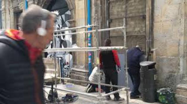 Reparación de la puerta de Rozalejo