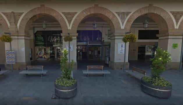 Administración de lotería ubicada en la Plaza de los Fueros, 5, de Tudela.