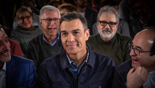 Sánchez dice que PP, Cs y Vox son los 'voxsonaros' de la política española