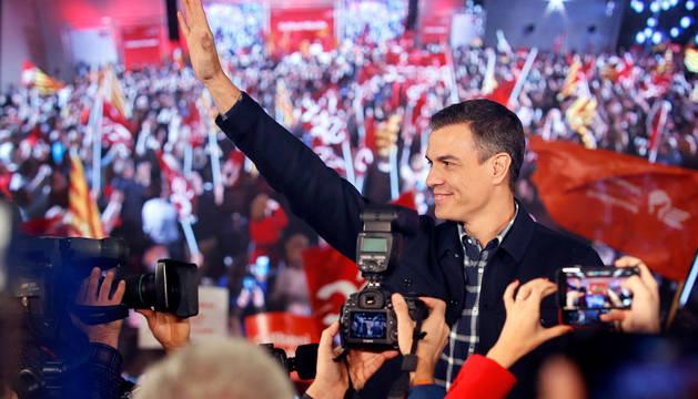 """Sánchez pide el apoyo parlamentario """"para permitir que Cataluña y España avancen"""" con sus Presupuestos"""