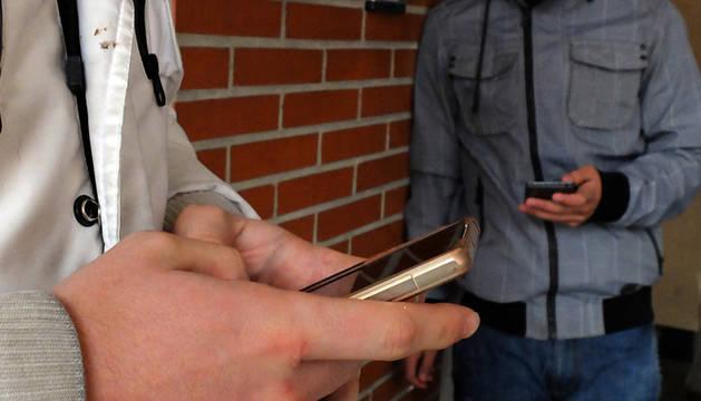 foto de Los tres acusados contactaban con los menores a través de páginas de contactos de Internet.
