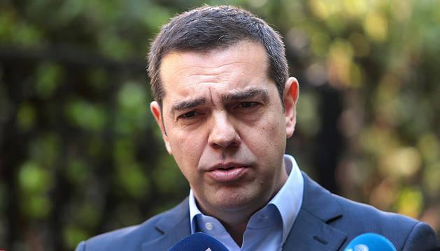 Tsipras convoca una cuestión de confianza tras la ruptura de la coalición de Gobierno