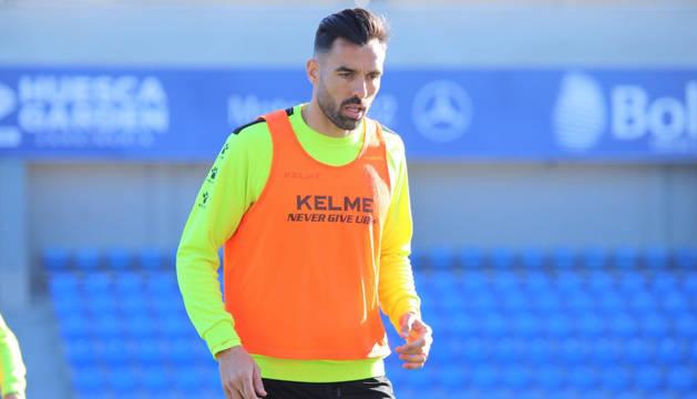 El Huesca ficha a Enric Gallego, máximo goleador de la Liga 1,2,3