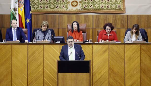 foto de Intervención del líder de Vox en Andalucía, Francisco Serrano, en el Parlamento de Andalucía