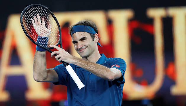 Federer gana a Fritz y pasa a octavos y Nadal se la jugará hoy contra Miñaur