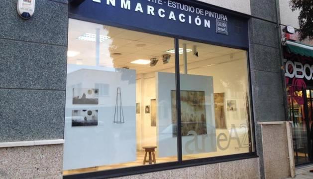 Exterior de la Galería ArteA2, en Zizur, donde tendrá lugar la exposición.