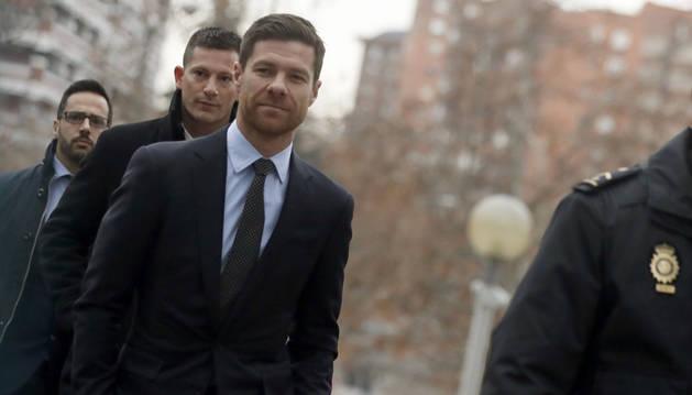 Suspendido el juicio de Xabi Alonso hasta que el Tribunal decida si es competente