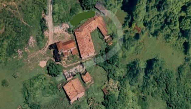 Imagen de la aldea que se vende en un punto sin concretar de Navarra.