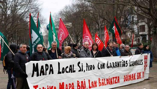 Convocatoria conjunta contra la reforma del Mapa Local de ELA, CCOO, LAB y UGT del 17 de enero.