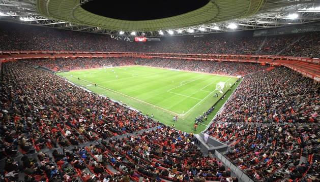 San Mamés registró el miércoles pasado su tercera mejor entrada en total, la mejor de la historia del fútbol femenino en España.