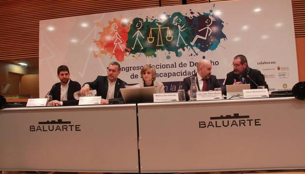 Mesa inaugural del II Congreso Nacional del Derecho de la Discapacidad, celebrado en Pamplona.
